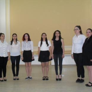 Деца - слънца изпълниха народни песни с любов и вдъхновение